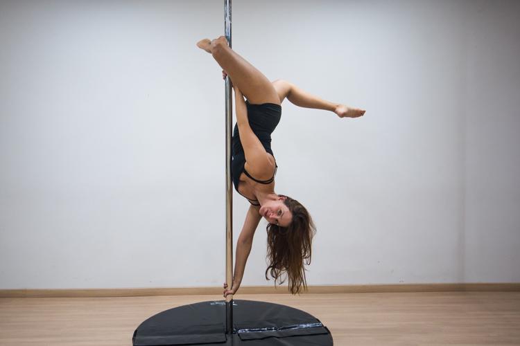 e81f1da8bde74 Pole dance: quando o corpo é capaz do inimaginável   Jornal A Voz da ...