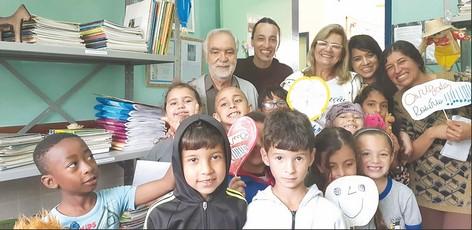 Escola da rede municipal homenageia Robério Canto