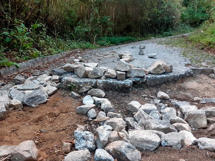O estado da estrada de acesso ao Pico do Caledônia (Fotos: Paulo Braga Júnior)