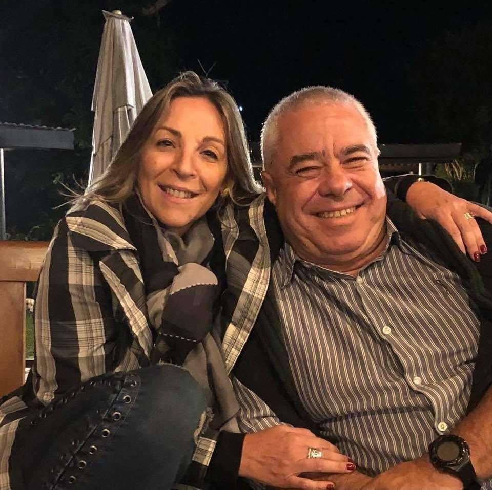 Vania e Marco: namoro após mais de 30 anos de amizade (Arquivo pessoal)