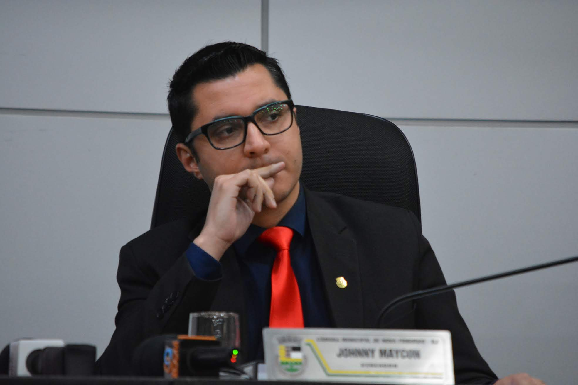 Johnny Maycon na Câmara (Foto: Henrique Pinheiro)