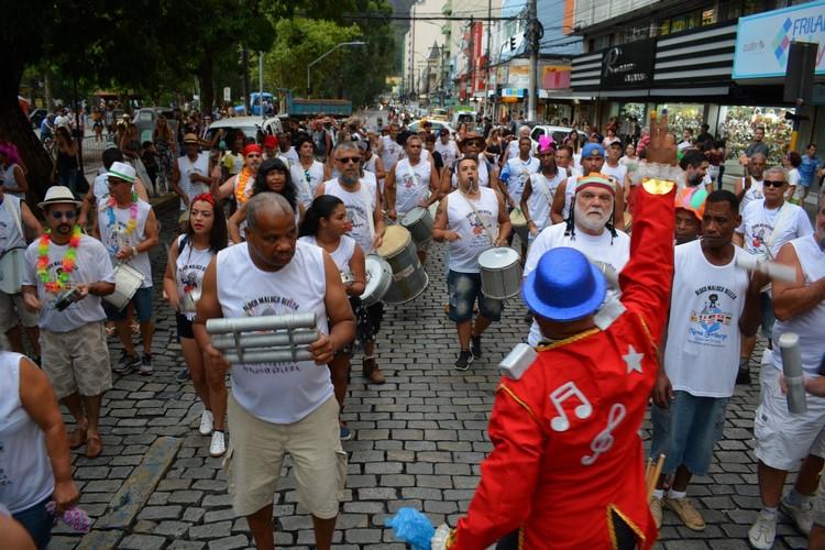 Bloco de rua em Nova Friburgo (Arquivo AVS/ Henrique Pinheiro)