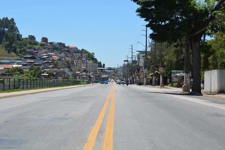 Avenida Governador Roberto Silveira (Foto: Henrique Pinheiro)