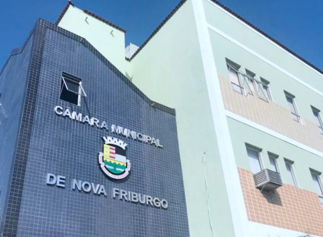 Começa a reforma administrativa na Câmara Municipal