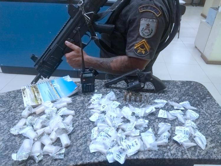 Material apreendido pela polícia em Bom Jardim