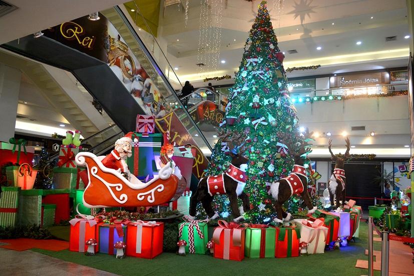 A árvore de Natal do Cadima Shopping (Fotos: Henrique Pinheiro)