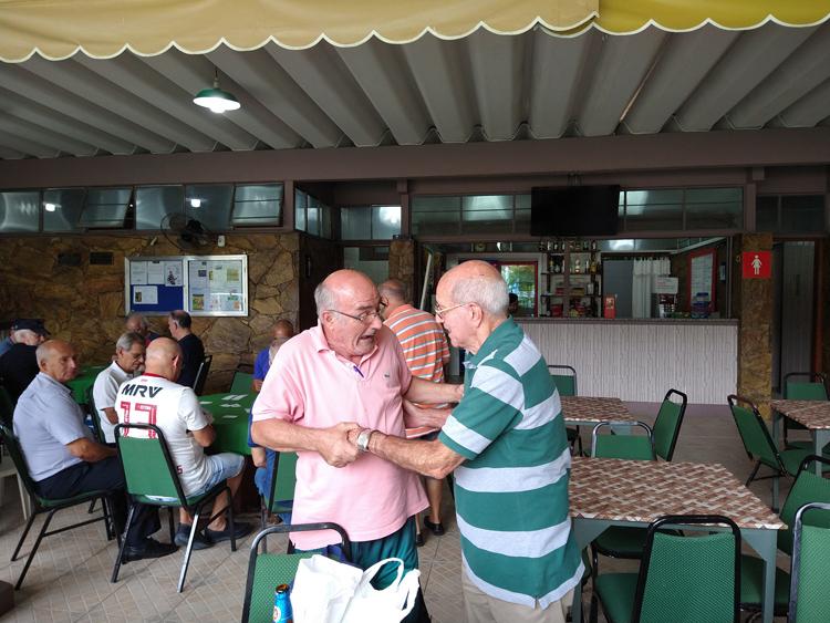 Espaço de lazer no campo de futebol soçaite foi batizada com o nome do ex-jogador (Fotos: guilherme Alt)