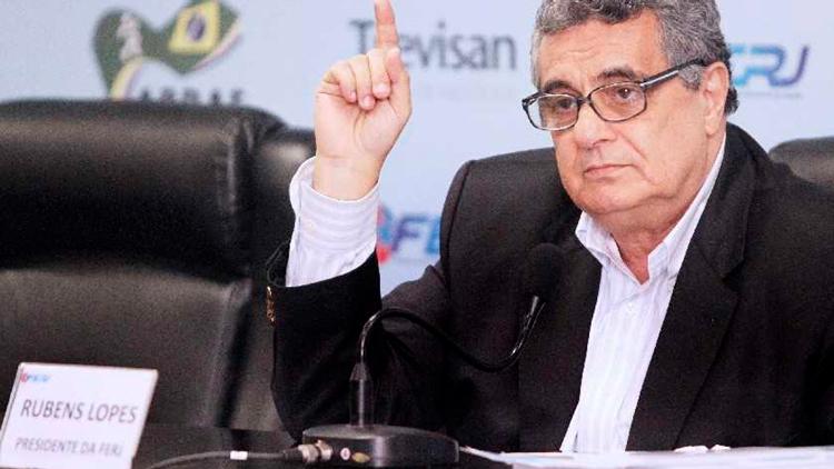 Presidente da Ferj, Rubens Lopes comanda reuniões com clubes por vídeo conferência