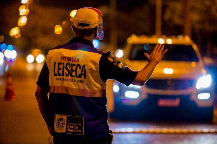 Operação Lei Seca flagra 32 motoristas alcoolizados em Friburgo