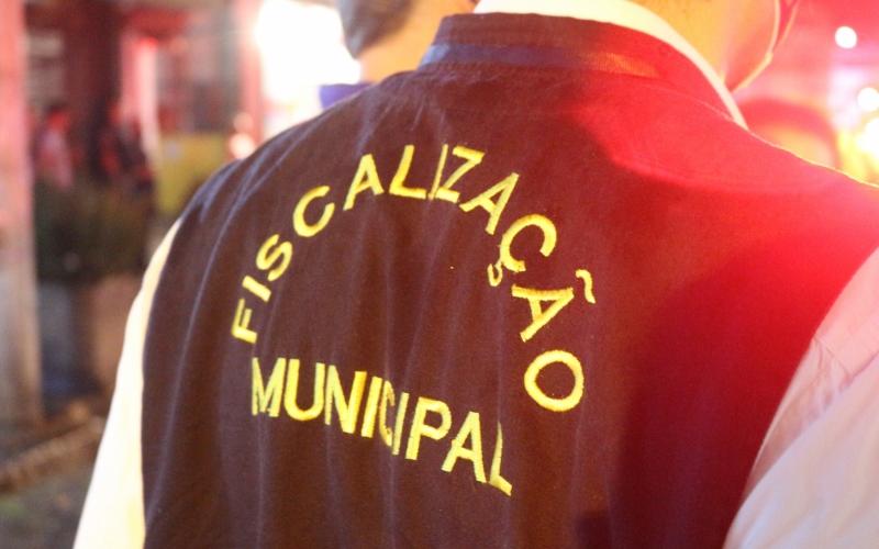Prefeitura fez 26 ações de fiscalização entre sexta e domingo