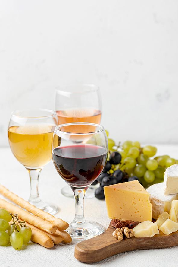 Queijos, vinhos e friozinho: match perfeito