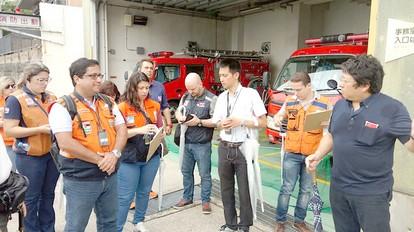 O coordenador de Defesa Civil de Nova Friburgo,  João Paulo Mori, com representantes da Agência Japonesa de Cooperação Internacional (Arquivo AVS)