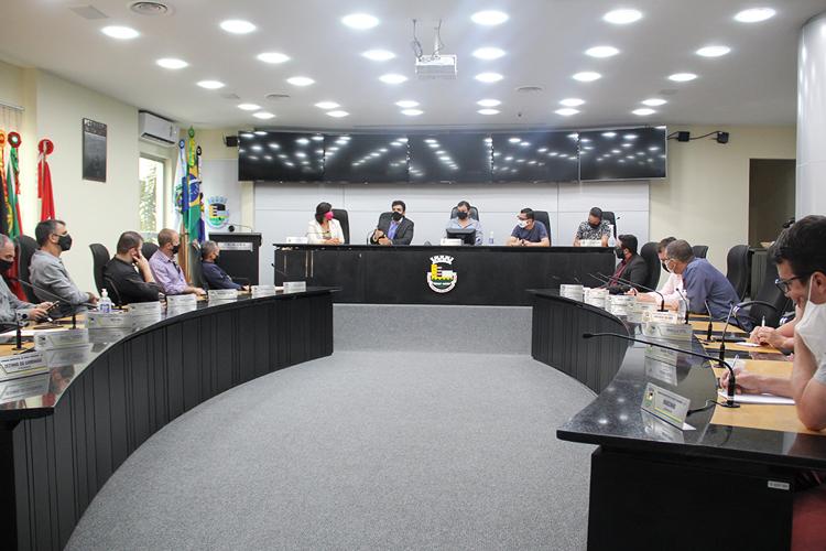 A prorrogação dos contratos temporários teve aprovação unânime dos vereadores ontem em sessão extraordinária   (Divulgação)
