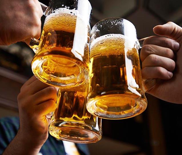 Cai o consumo de tabaco, mas aumenta o de bebida alcoólica na pandemia