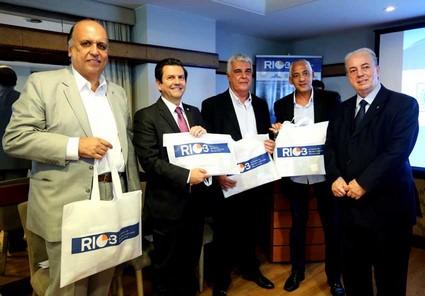Os kits do Rio + 3 serão distribuídos em hotéis e eventos da capital. Todo o material vem em uma bolsa ecológica (Foto: Divulgação/ Carlos Magno)