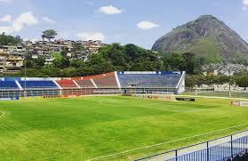 O estádio Eduardo Guinle precisa dar entrada na renovação de licenças