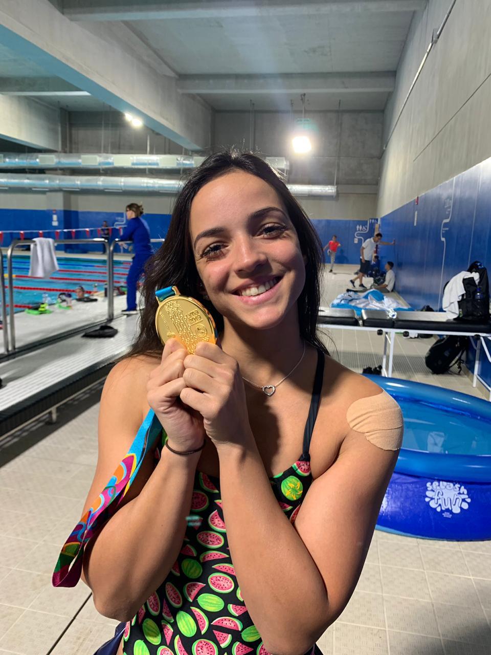Nadadora friburguense encerra participação no Pan com duas medalhas