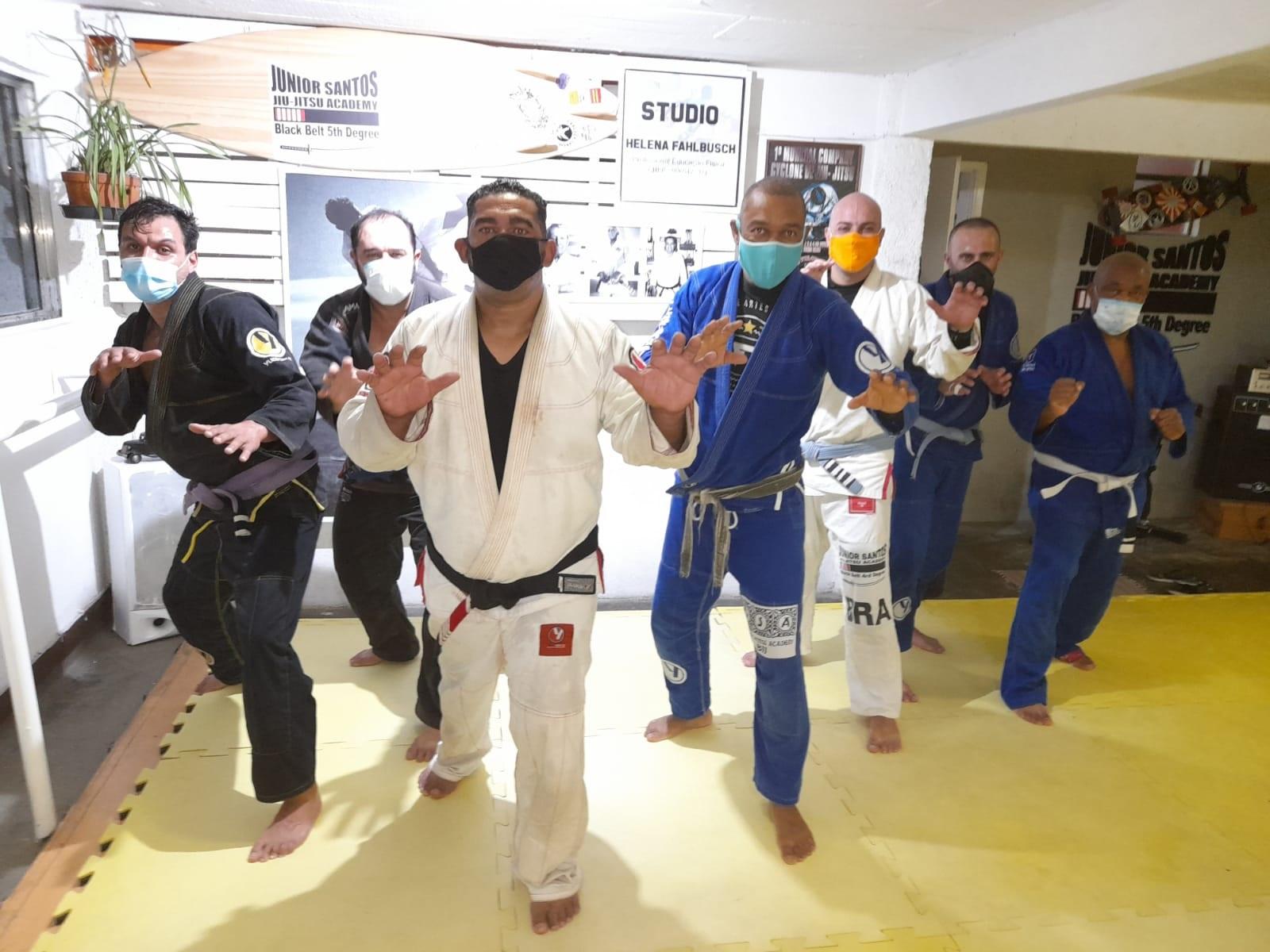 Artes marciais se adaptam ao momento de pandemia para a realização das aulas