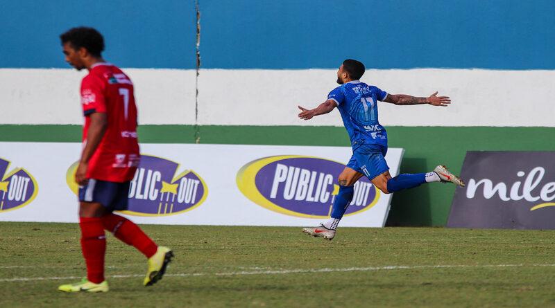 Autor do gol da vitória do Artsul contra o Friburguense, Bruno Santos voltou a marcar