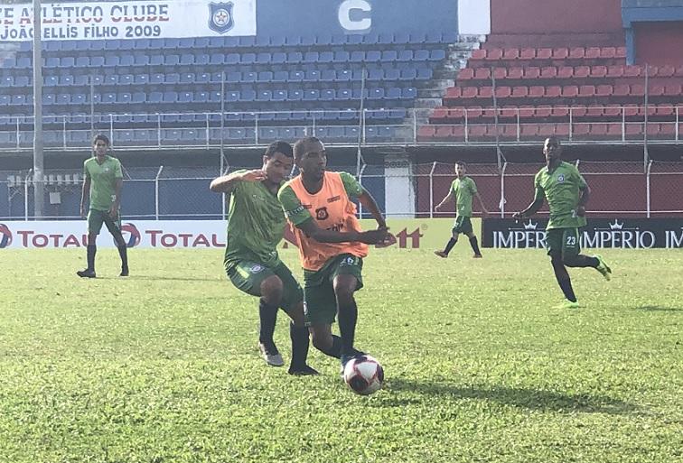 Em compasso de espera, Friburguense se prepara para a estreia na Taça Corcovado