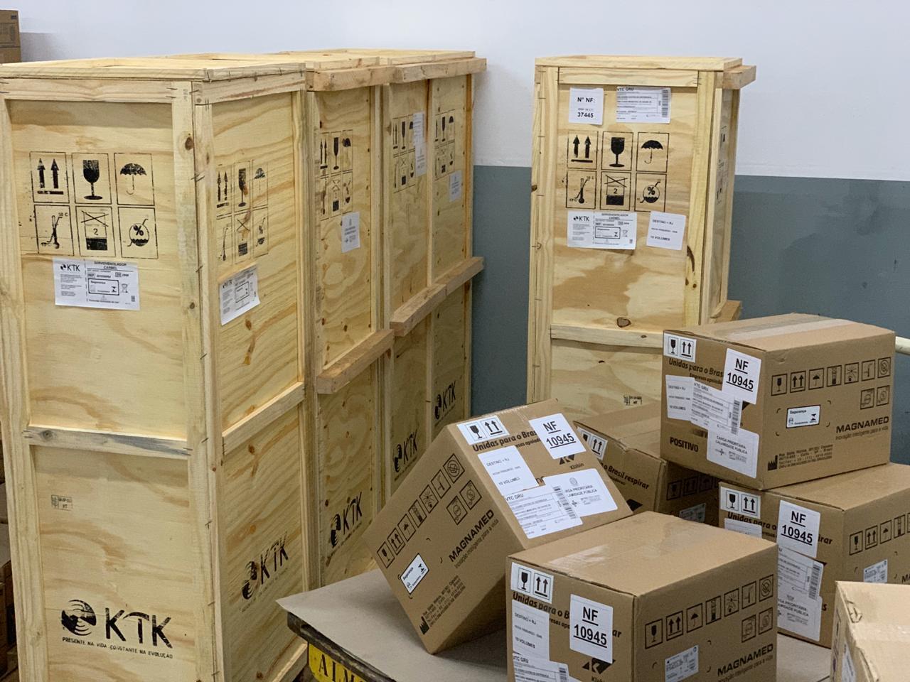 Os equipamentos já estão no almoxarifado da Secretaria de Saúde para serem testados antes de instalados no hospital (Divulgação)