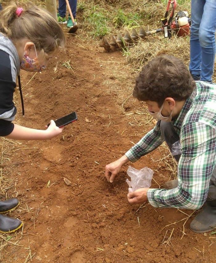 Alunos do Ibelga exploram recursos naturais (Fotos de divulgação)