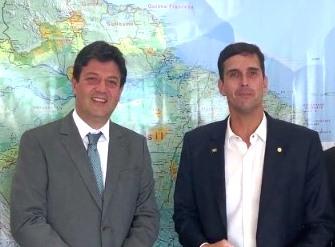 Mandetta e Luiz Lima durante o encontro em Brasília (Divulgação)