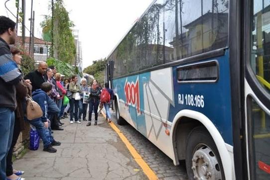 Com a mudança, o ponto atrás do Xadrez será utilizado para o estacionamento de ônibus de turismo (Arquivo AVS)