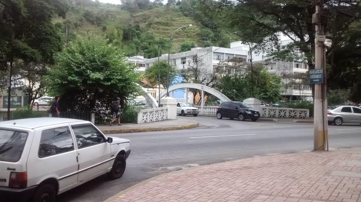 A Ponte Branca: acesso pela Avenida Galdino do Valle Filho será fechado de segunda a sexta, das 16h às 19h (Arquivo AVS)