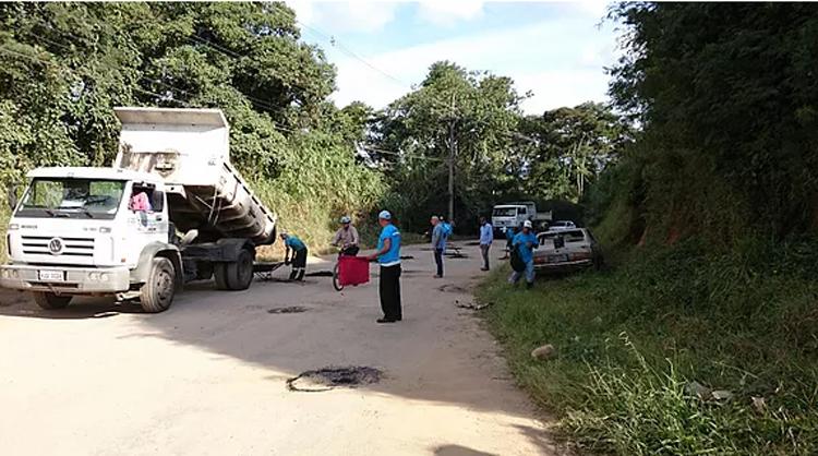 A operação em Conselheiro Paulino (Foto: Divulgação PMNF)