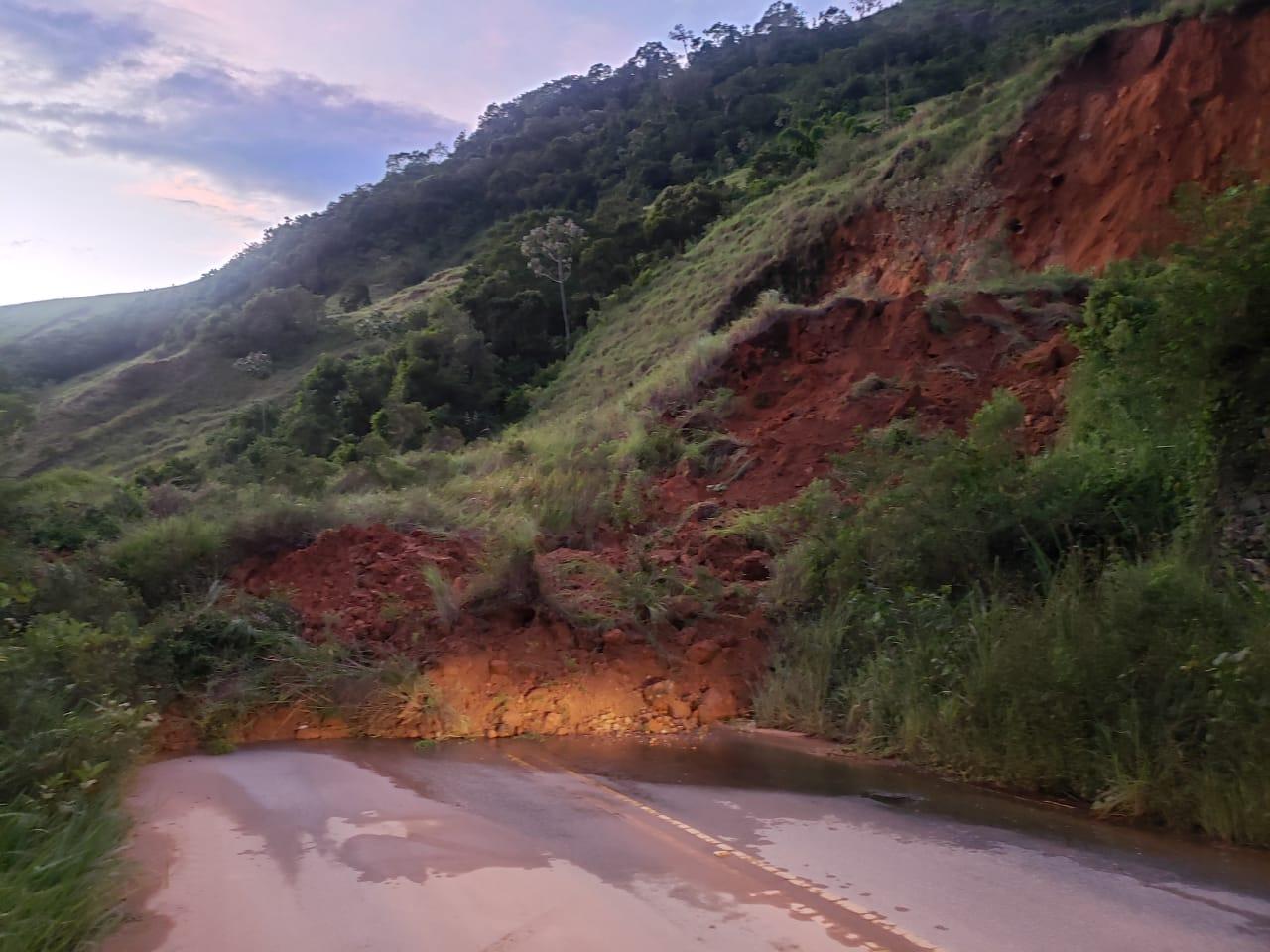 A queda de barreira na altura de Cascata