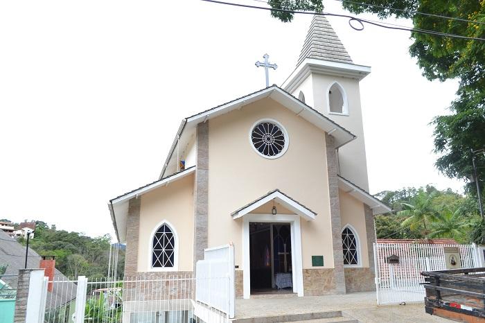 A igreja de Santa Edwiges, no Vale dos Pinheiros (Arquivo AVS/ Henrique Pinheiro)