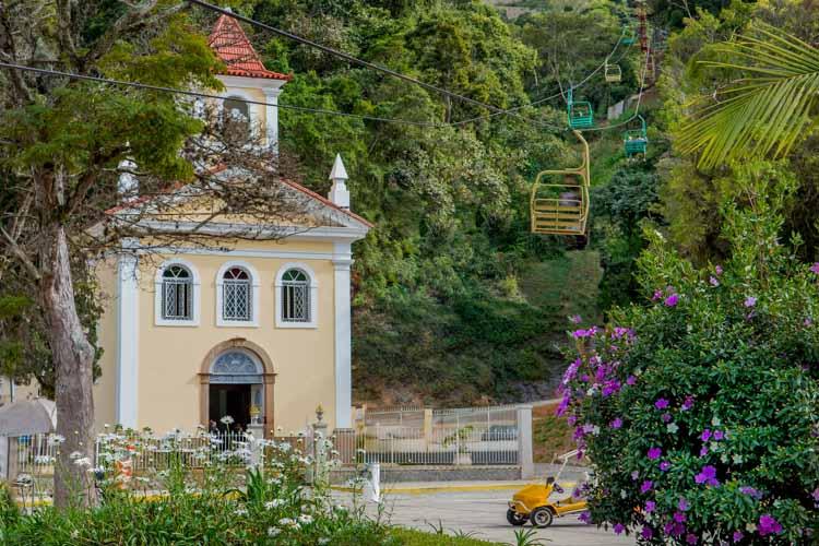A Capela de Santo Antônio e o teleférico (Arquivo AVS/ Henrique Pinheiro)