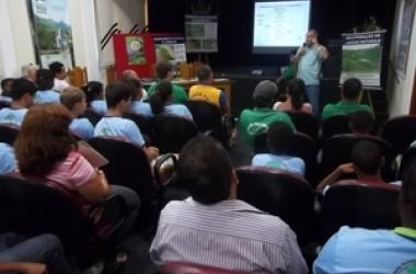 Água é tema de evento com estudantes de São Sebastião do Alto
