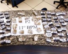 Cocaína e maconha apreendidas (Cortesia de Polícia Militar)