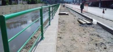 Construção de calçada e ciclovia em Conselheiro